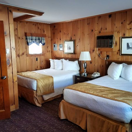 Heritage of Lake George Motel: this is the 2 bed cabin