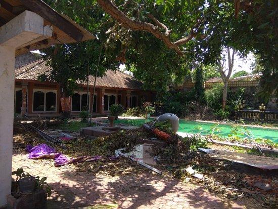 Puri Wisata Bungalows: IMG_20171006_124431_large.jpg