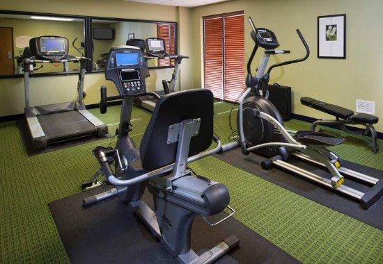 Fairfield Inn & Suites Charleston North/Ashley Phosphate: Fitness Center