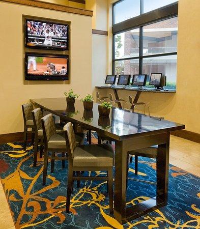 Redmond, WA: Marriott Greatroom – Business Zone