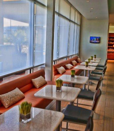 Rosenberg, TX: Lobby Area