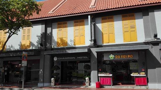 Champion Hotel: IMG_20171006_095406_large.jpg