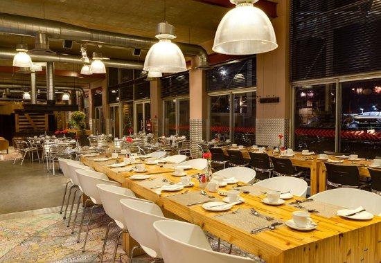 Kempton Park, South Africa: The Warehouse