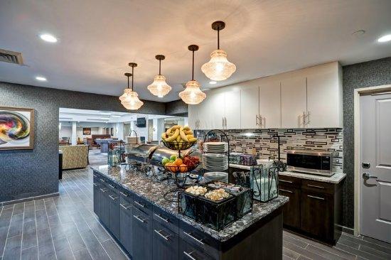 Eatontown, نيو جيرسي: Breakfast Buffet