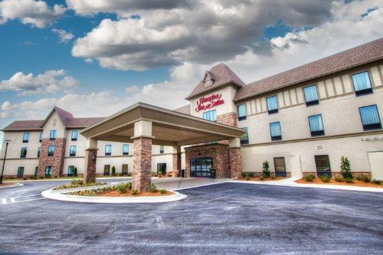 Braselton, GA: Hotel exterior