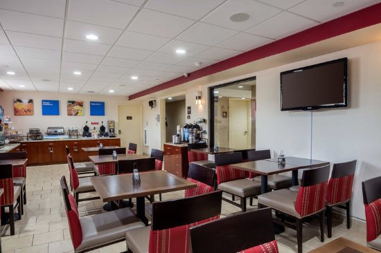 Comfort Inn Staten Island: Breakfast area