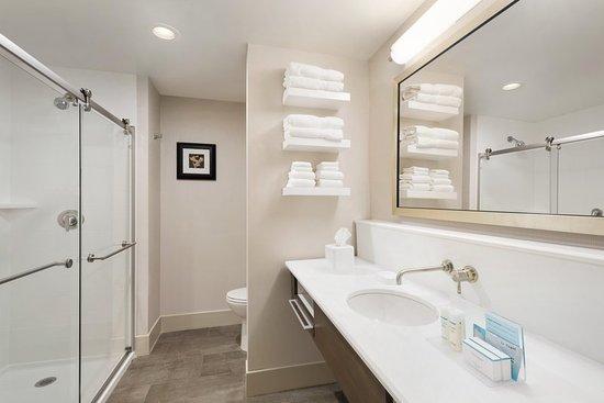 Elko, NV: Guest Bath