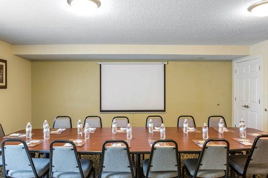 MainStay Suites Knoxville: Meeting room