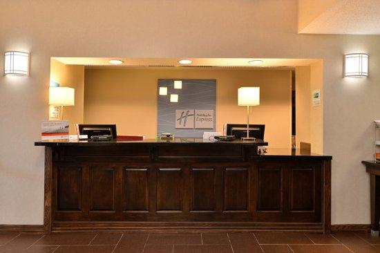 Saint Marys, PA: Front Desk