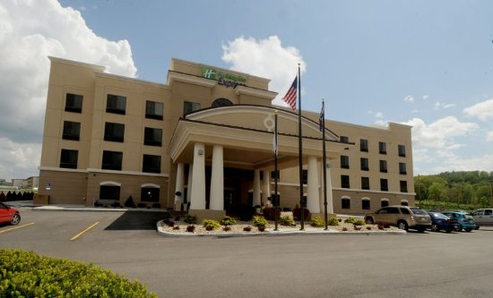 Holiday Inn Express Somerset: Exterior Feature