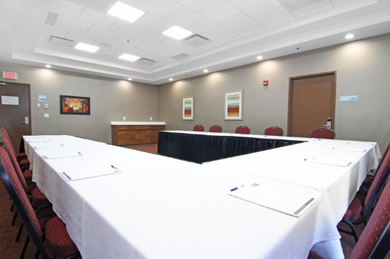 Holiday Inn Express Hotel Suites Calgary Nw Banff Trail Meeting Room Mcmahon