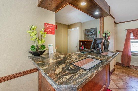 Econo Lodge Hermitage: Lobby