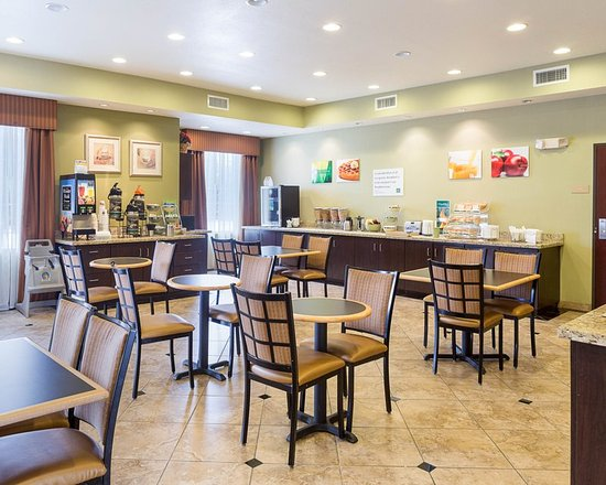 Quality inn suites updated 2017 hotel reviews price for Cheap hotels in la porte tx