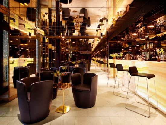 Nobis Hotel: The Gold Bar