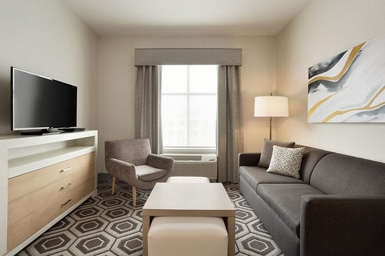 Draper, UT: One Bedroom King Suite Living Area