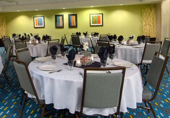 Courtyard Wilmington/Wrightsville Beach: Meeting Room – Rounds Style