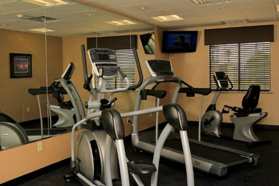 Floresville, TX: Fitness Center