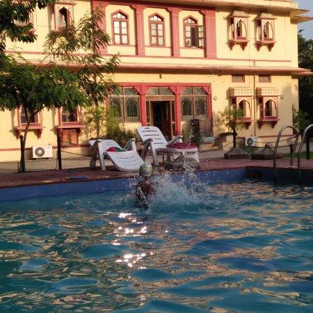 Devi Niketan Heritage Hotel: IMG20170926171326_large.jpg