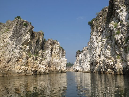 Marble Rocks At Bhedaghat Picture Of Marble Rocks At