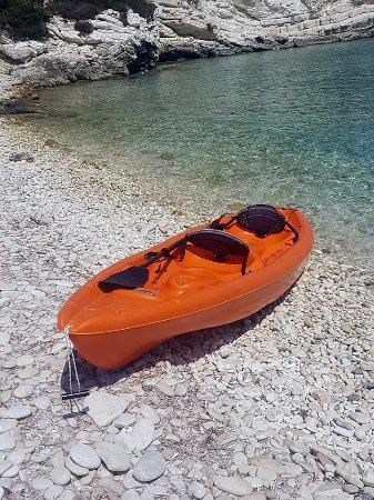 Antipaxos, Greece: Mesavrika beach.