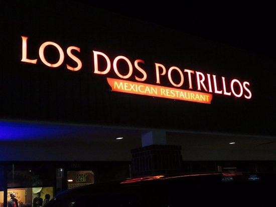 Los Dos Potrillos - Littleton, CO (06/Oct/17).