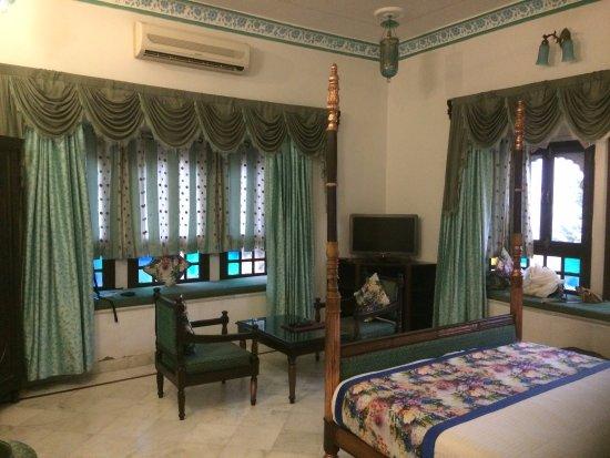 Comfy stay at Inder Prakash