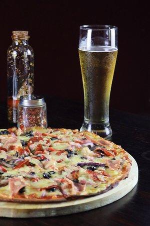 Santo Domingo de Heredia, Costa Rica: Pizzas argentinas