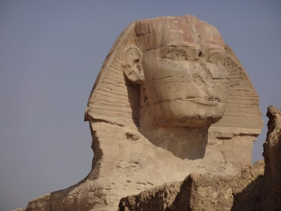 Great Sphinx: The Sphinx with it's broken nose that was 1.0 m wide!