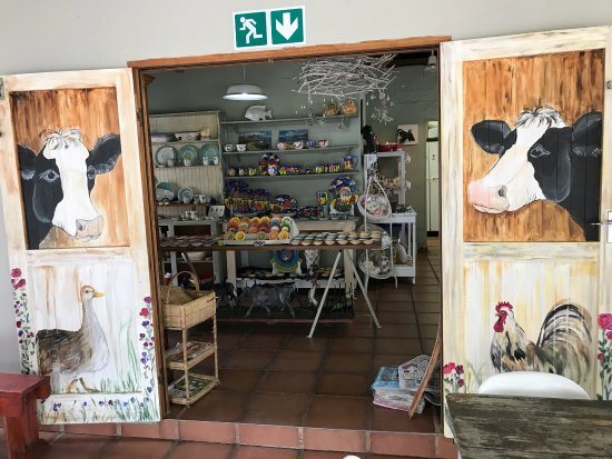 Margate, Sudáfrica: Entrance to cowshed coffee shop