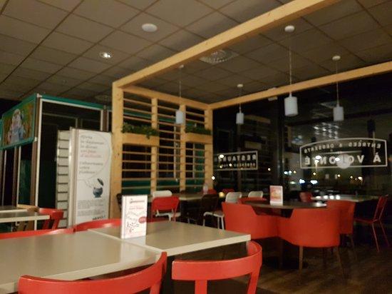 Restaurant A La Bonne Heure Vals Pres Le Puy