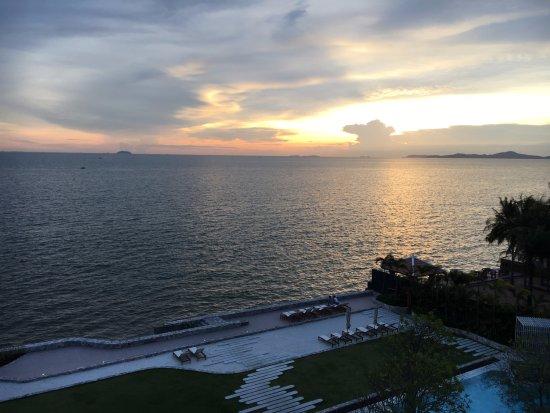 Sunset Picture Of Veranda Resort Pattaya Mgallery By