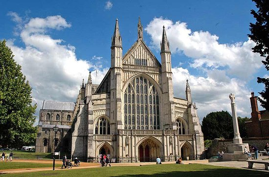 ‪Winchester Cathedral‬