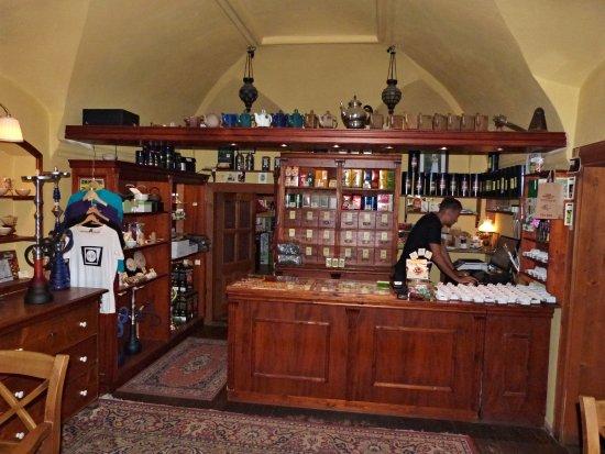 Frydek-Mistek, Republik Ceko: Prodejna čaje v čajovně.