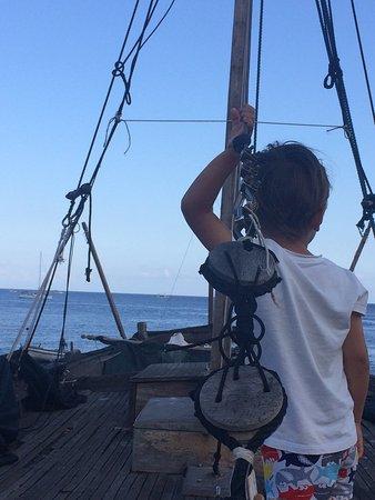 Salina relax boats isola di salina italy top tips for Salina sicily things to do