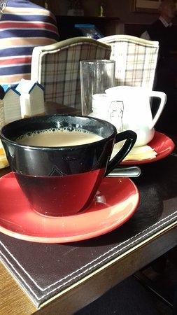 Long Preston, UK: Coffee in a retro cup