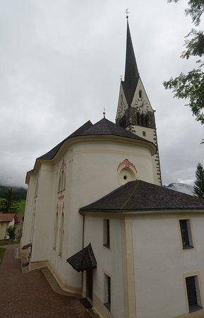 Badia, Italië: la chiesa