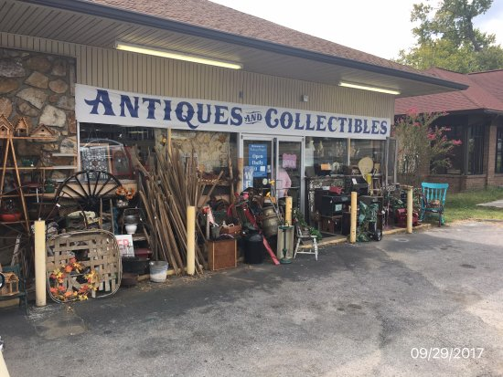 antique shops knoxville tn Packed Antique Shop   Review of Parkway Antiques & Collectibles  antique shops knoxville tn