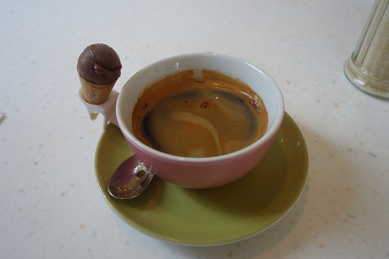 The Parlour : Fantastic black coffee with an actual tiny ice cream (I mean, this is amazing!)