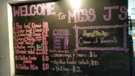 Meadow Lake, Kanada: Miss J's Donairs