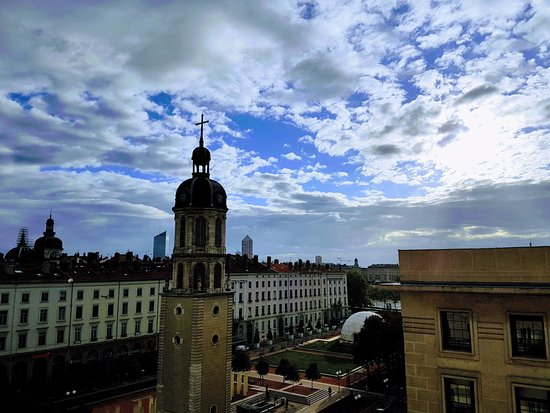 Hotel Le Royal Lyon - MGallery Collection: Vista do quarto superior
