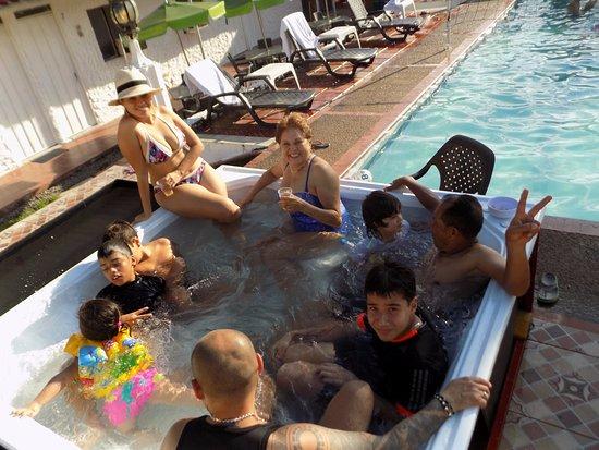 Hotel Campestre Llano Dorado: jacuzzi nuevo