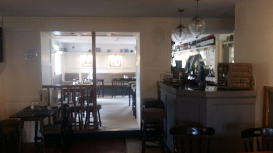 Llanbrynmair, UK: The bar and dining area