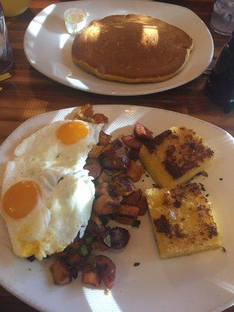 Kerbey Lane Cafe Central: photo1.jpg