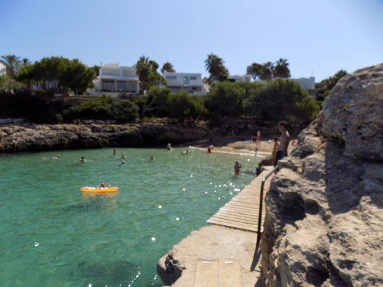 Hotel Rocamarina: Beach