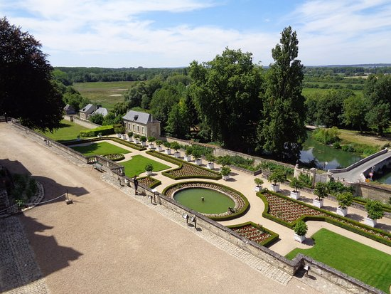 Rigny-Usse, Frankrig: jardines