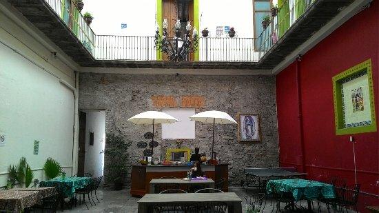 Hostal Santo Domingo: Screenshot_2017-10-07-23-20-20_large.jpg