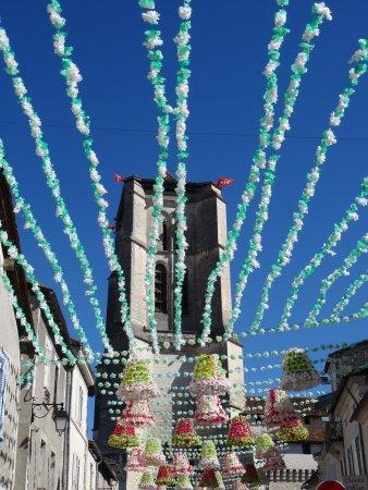 Saint-Astier, Francia: Eglise de St Astier à la Félibrée