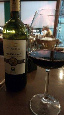 14a2a15ed Vinho de qualidade e bom custo - Foto de Massas Luigi