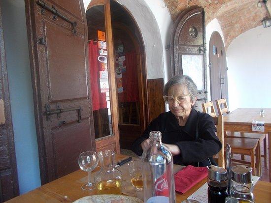 Ponte a Bozzone, Italy: Mia moglie