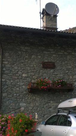 Montjovet, Italia: un aria..........